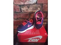 Nike Air Max Thea UK Kids Size 4.5 Brand New Trainers