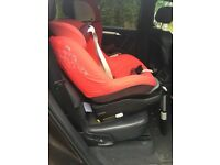 Maxi-Cosi Pearl Child Car Seat - Robin Red including Maxi-Cosi Familyfix Isofix Child Seat Base
