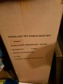 6ft boxing bag and accessories