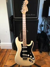 Fender American 'Billy Corgan Artist Series' Stratocaster – Olympic White - *Discontinued*