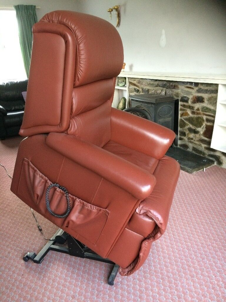Sherbourne, Leather electric reclining riser Chair