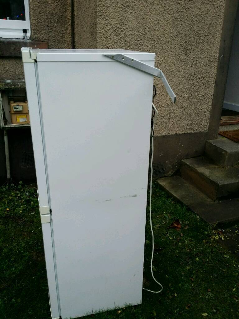 Fridgein Balgreen, EdinburghGumtree - For sale this Beko fridge. Good working order. Buying the fridge you get FREE the washing machine.The washing machine work but shake too much.I can PX for a vacuum cleaner. Victor or Henry . brand