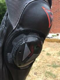 DAINESE MOTOR BIKE LEATHER.