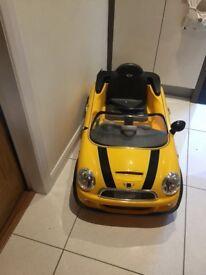 Children's electric ride on Mini car