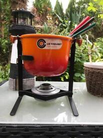 Le creuset volcanic orange fondue set