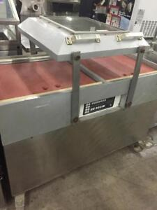Commercial Vacuum Packaging Machine - High Volume Machine - Reduced Low price!