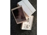 Apple ipad air 2 16 gb mint condition in rose gold