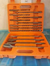 New 13 pice sds drill bit and chisel set in a case
