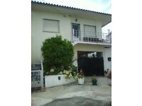 PORTUGAL 2BEDROOM FLAT TO RENT SHORT OR LONG TERM 45MILES FR LESBOA IN SMALL VILLAGENEAR UNSPOIL BEC