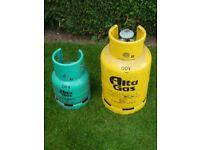 Flogas Gas Cylinder. 15kg and regulator. FULL. £25. 4.5 kg Gas. FULL. £15