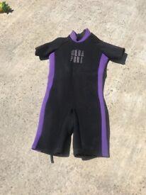 Medium/ large wetsuit