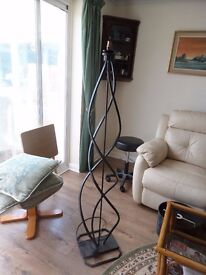 UNUSUAL TWISTED WROUGHT IRON STANDARD LAMP
