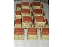 X18 Porcelain Tealight Holders - Rustic/Raised Gold Leaf Design - vgc.