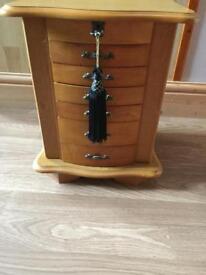 Thomas Pacconi Jewellery box