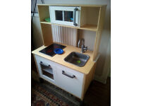 Ikea kitchen with lots of accessories - can deliver.