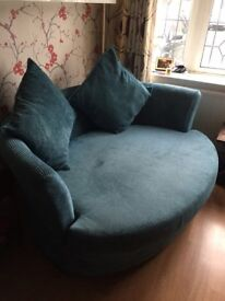 Sofa For Sale. Very Good Condtion