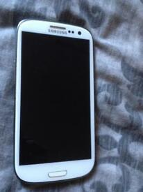 Samsung s3- **SOLD**