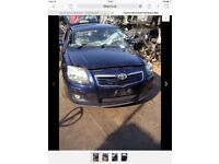 Breaking Toyota avensis 06 to 09 models