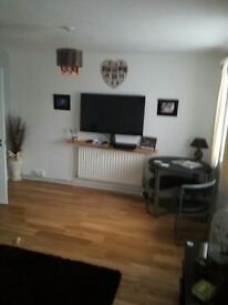 Double room to rent in Redhill.