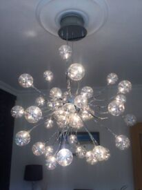 Stunning Centre Piece Light