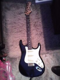 ENCORE COASTER 1980'S ELECTRIC GUITAR FOR REPAIR OR SPARES PROJECT ALSO INCLUDED KUSTOM 10 WATT AMP