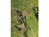 Secondhand heavy duty car axke stands