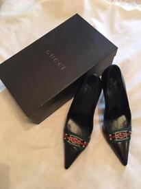 GUCCI Leather shoes - genuine item
