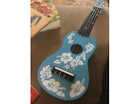 Blue moon ukulele soprano-flower kids guitar