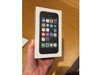 Apple iPhone 5s, BNIB, sealed sim free 16gb