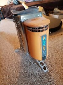 Biolite Stove (Charge while cooking)