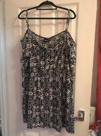 Summer dress - size 24/26