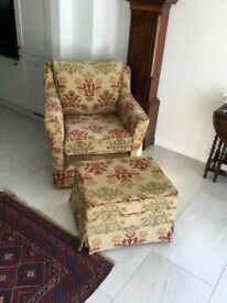 Jayrest armchair and puffee