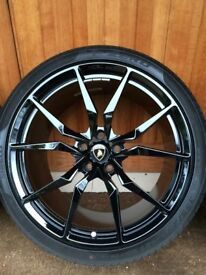"""Lamborghini Aventador Dione wheel 1 No. (Front 9J x 20"""") finished in satin black complete with Tyre."""
