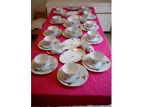 12 setting christmas dinner set