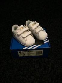 Adidas crib shoes