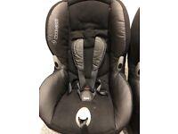 2 Maxi Cosi maxi-cosi Priori baby child car seats