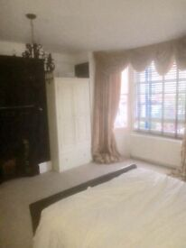 DOUBLE ROOM £500 all inc