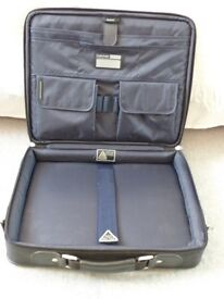 Laptop Carry Case by TechAir