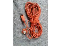 EXTENSTION LEAD FOR LAWN MOWER ETC