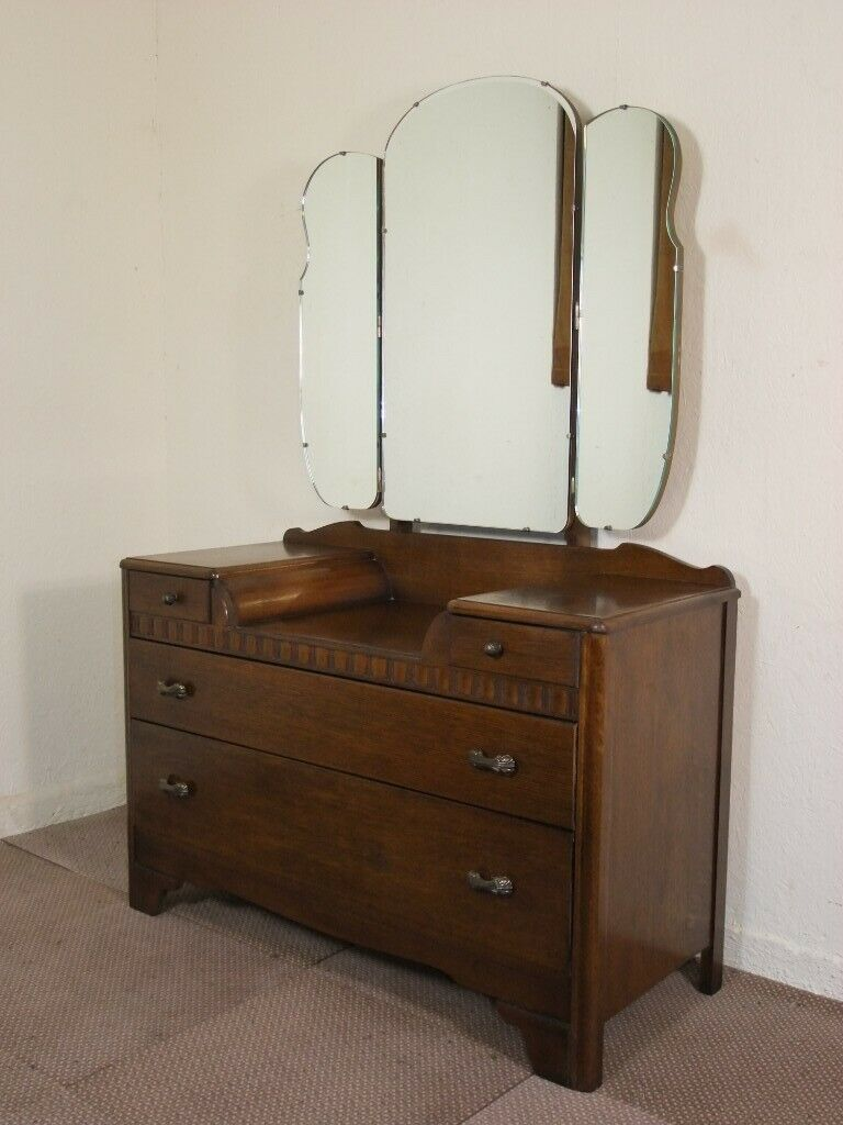 buy online 85186 dd099 VINTAGE DEEP GOLDEN OAK LEBUS DRESSING CHEST TABLE FREE DELIVERY IN THE  GLASGOW AREA   in Bishopbriggs, Glasgow   Gumtree