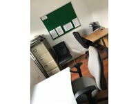Office Space to rent in Ilford Town Centre - £175pw (Inclusive of bills)