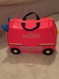 Trunks Fire Engine children's suitcase