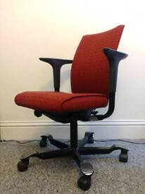 HÅG H05 5400 Ergonomic Red Office Computer Chair - Reduced from £800