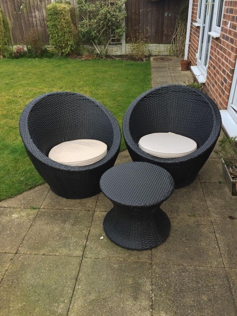 Rattan Egg Garden Furniture Set Stackable In North
