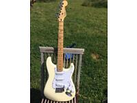 Fender Mexican MIM not American USA stratocaster