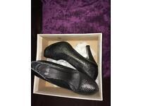 Faith ladies shoes size5