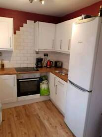 Move in for £280 Large fully furnished double room, £345p/m all in, inc broad band and cleaner