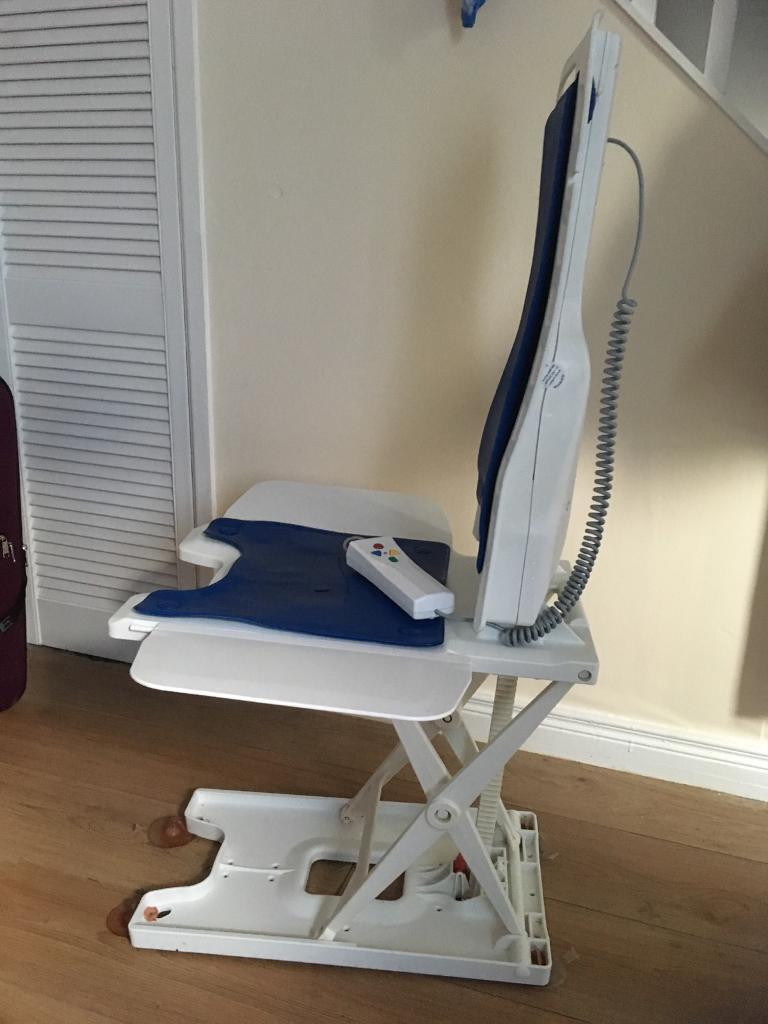 Bellavita chair bath lift with rechargeable handset   in Cregagh ...