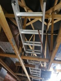 Ladder double extending alluminum 12 rungs per section. Very good condition.