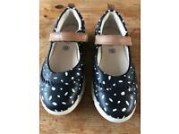 Clarks Trigenic infant girls shoes - size UK 11.5F